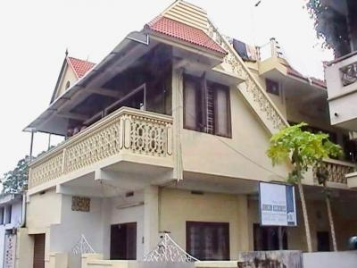 Gallery Cover Image of 1800 Sq.ft 4 BHK Independent House for buy in Fort Kochi for 9500000