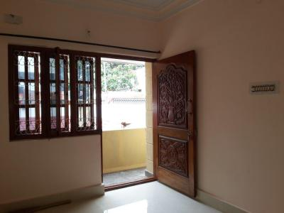 Gallery Cover Image of 850 Sq.ft 2 BHK Apartment for rent in Indira Nagar for 20000
