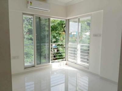 Gallery Cover Image of 1050 Sq.ft 2 BHK Apartment for rent in Bandra West for 100000