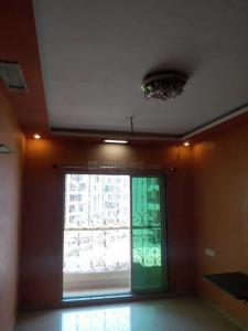 Gallery Cover Image of 995 Sq.ft 2 BHK Apartment for rent in Kalyan West for 15000