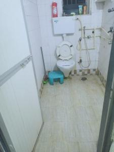 Bathroom Image of Nikhil in Andheri West