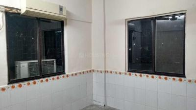 Gallery Cover Image of 585 Sq.ft 1 BHK Apartment for rent in Borivali East for 18000