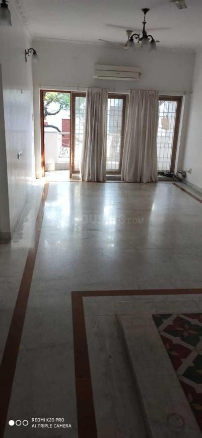 Living Room Image of 1800 Sq.ft 3 BHK Apartment for rent in Thiruvanmiyur for 45000