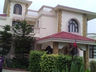Gallery Cover Image of 1556 Sq.ft 3 BHK Villa for buy in Palam Vihar for 14500000