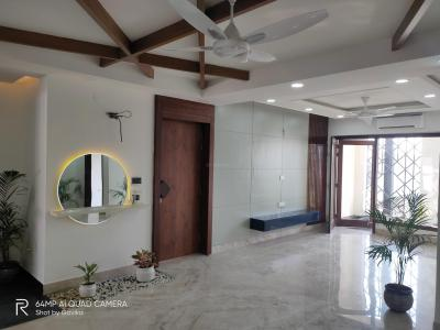 Gallery Cover Image of 2700 Sq.ft 4 BHK Independent Floor for buy in Sector 57 for 18000000