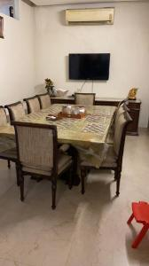 Gallery Cover Image of 2800 Sq.ft 5 BHK Independent House for buy in DLF Phase 2, DLF Phase 2 for 75000000