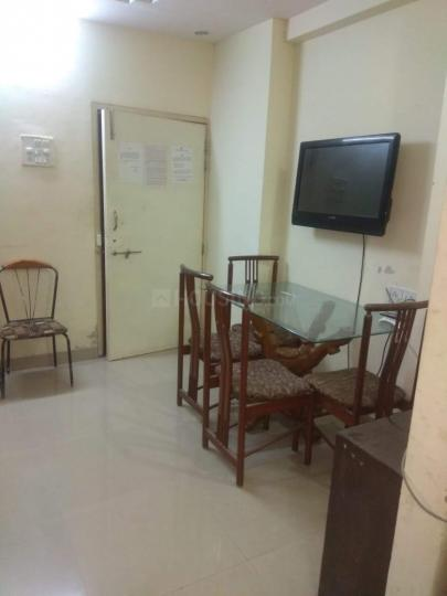 ठाणे वेस्ट में यतिन पीजी के हॉल की तस्वीर
