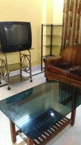 Gallery Cover Image of 850 Sq.ft 2 BHK Apartment for rent in Baguiati for 14500