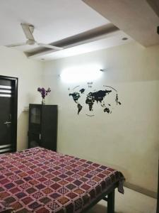 Gallery Cover Image of 1100 Sq.ft 3 BHK Independent Floor for rent in Mahavir Enclave for 25000