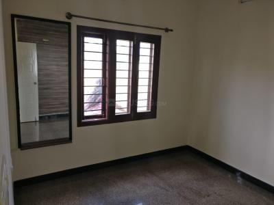 Gallery Cover Image of 1000 Sq.ft 1 BHK Independent House for rent in Hosur for 9500