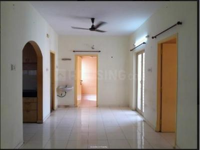 Gallery Cover Image of 950 Sq.ft 2 BHK Apartment for rent in Jains Avantika Apartments, Manapakkam for 15000