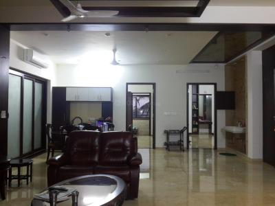 Gallery Cover Image of 7000 Sq.ft 5+ BHK Independent House for buy in Korattur for 45000000