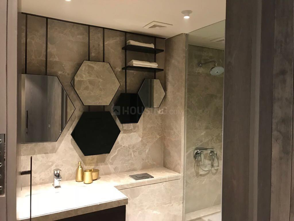 Common Bathroom Image of 1500 Sq.ft 3 BHK Apartment for buy in Powai for 35000000