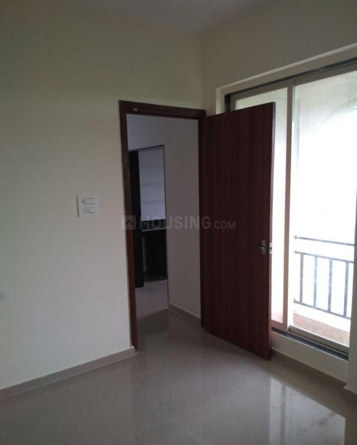 Living Room Image of 600 Sq.ft 1 BHK Apartment for buy in Greater Khanda for 5500000