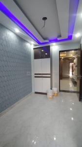 Gallery Cover Image of 1100 Sq.ft 3 BHK Apartment for rent in Uttam Nagar for 18000