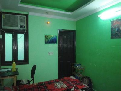 Bedroom Image of Bajrang PG in Shakarpur Khas