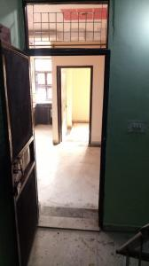 Gallery Cover Image of 850 Sq.ft 3 BHK Independent House for rent in RWA Uttam Nagar Gali 6 Block T A, Uttam Nagar for 14000