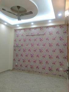 Gallery Cover Image of 1600 Sq.ft 3 BHK Independent Floor for rent in Niti Khand for 17000