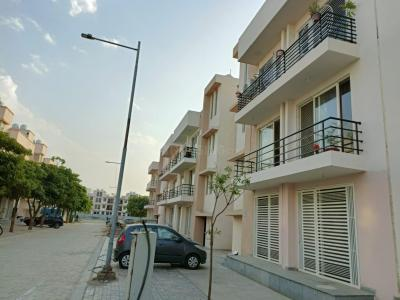 Gallery Cover Image of 1744 Sq.ft 2 BHK Apartment for buy in Wave City for 3200000