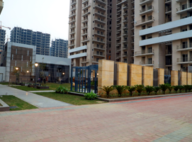 Gallery Cover Image of 1380 Sq.ft 2 BHK Apartment for buy in Noida Extension for 5900000