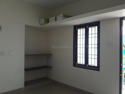 Gallery Cover Image of 750 Sq.ft 2 BHK Apartment for buy in Meyyur for 3000000