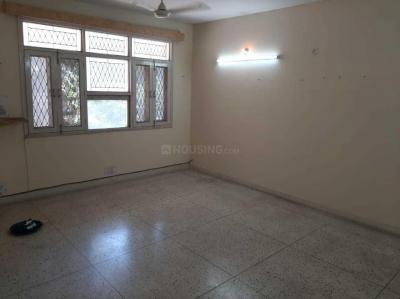 Gallery Cover Image of 1600 Sq.ft 3 BHK Apartment for rent in Nav Puneet Apartment, Sector 4 Dwarka for 32000