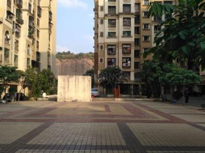 Gallery Cover Image of 910 Sq.ft 2 BHK Apartment for rent in Kandivali East for 32000