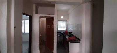 Gallery Cover Image of 750 Sq.ft 2 BHK Apartment for buy in Jadavpur for 3000000