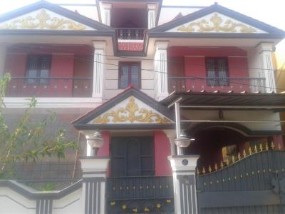 Gallery Cover Image of 4000 Sq.ft 4 BHK Villa for rent in Valasaravakkam for 80000