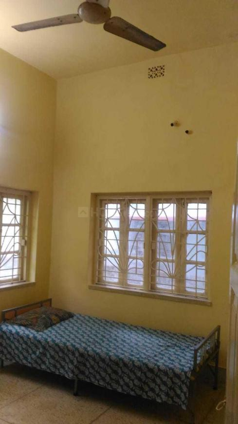 Bedroom Image of 900 Sq.ft 2 BHK Independent House for rent in Garia for 12000