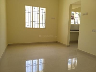 Gallery Cover Image of 800 Sq.ft 2 BHK Apartment for rent in Keelakattalai for 15000