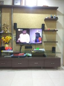 Gallery Cover Image of 1080 Sq.ft 2 BHK Apartment for rent in Sadashiv Peth for 21000