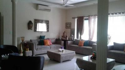Gallery Cover Image of 2300 Sq.ft 4 BHK Apartment for buy in Geetanjali Enclave, Malviya Nagar for 50000000
