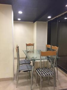 Gallery Cover Image of 1600 Sq.ft 3 BHK Apartment for rent in Dhanush Kutti Apartment, Khar West for 100000