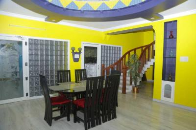 Gallery Cover Image of 5000 Sq.ft 5 BHK Villa for rent in Governorpet for 200000