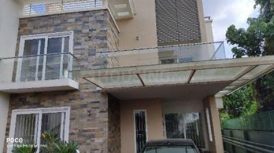 Gallery Cover Image of 2500 Sq.ft 3 BHK Villa for rent in ABAD Springfield Garden, Erumathala West, Aluva, Periyar Nagar for 25000
