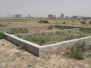 Gallery Cover Image of  Sq.ft Residential Plot for buy in Sector 42 for 75582124