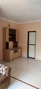 Gallery Cover Image of 580 Sq.ft 1 BHK Apartment for rent in Malad West for 28000