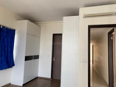 Gallery Cover Image of 1500 Sq.ft 3 BHK Apartment for rent in Nazirabad for 55000