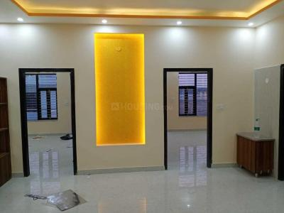 Gallery Cover Image of 990 Sq.ft 2 BHK Independent Floor for buy in Sector 43 for 2751000