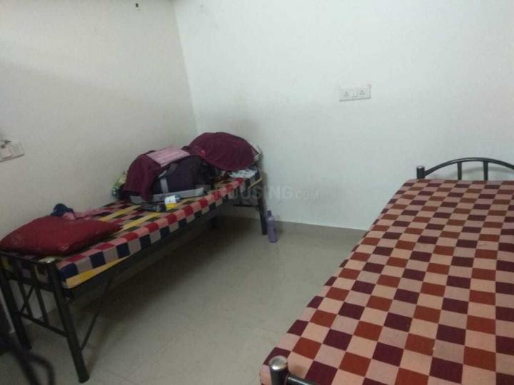 ओम साई बालाजी पीजी फॉर लेडिज इन बीटीएम लेआउट के बेडरूम की तस्वीर