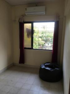 Gallery Cover Image of 400 Sq.ft 1 BHK Apartment for rent in Santacruz West for 30000