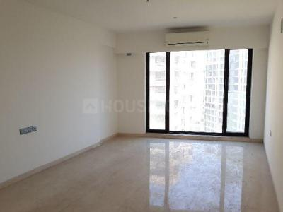 Gallery Cover Image of 2400 Sq.ft 3 BHK Apartment for rent in Bandra East for 200000