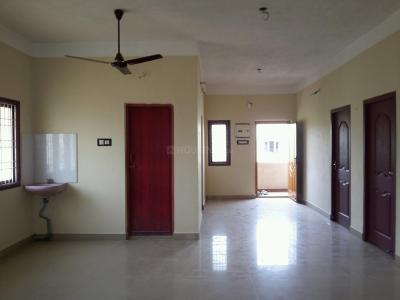 Gallery Cover Image of 1300 Sq.ft 2 BHK Apartment for rent in Urapakkam for 8000