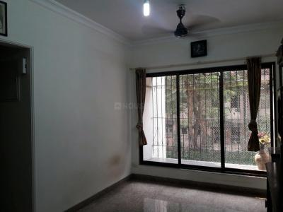 Gallery Cover Image of 560 Sq.ft 1 BHK Apartment for rent in Malad East for 27000