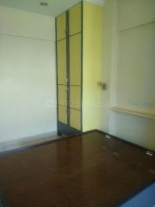 Gallery Cover Image of 960 Sq.ft 2 BHK Apartment for rent in Kandivali West for 38000
