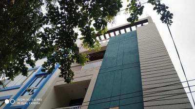 Gallery Cover Image of 1250 Sq.ft 2 BHK Apartment for rent in Velachery for 20000