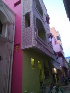 Gallery Cover Image of 600 Sq.ft 1 BHK Independent House for rent in Vyasarpadi for 8000