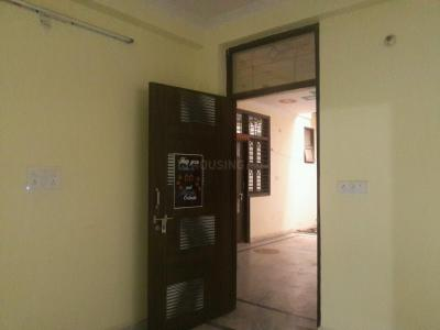 Gallery Cover Image of 400 Sq.ft 1 BHK Apartment for rent in Trilokpuri for 10000