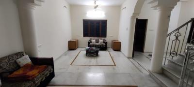 Gallery Cover Image of 2425 Sq.ft 4 BHK Villa for buy in Avirat Gulab Park, Thaltej for 27500000